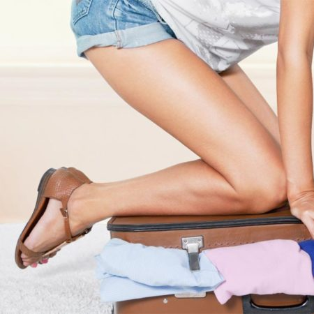 Your holiday can start while packing your suitcase: So everything fits and remains wrinkle-free
