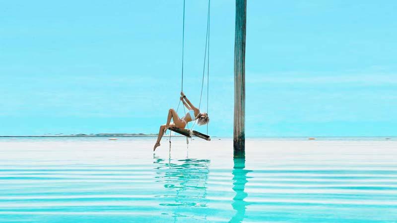 Influencer Awards & World Blogger - Naomi-Jane Adams about Travel, luxury & lifestyle