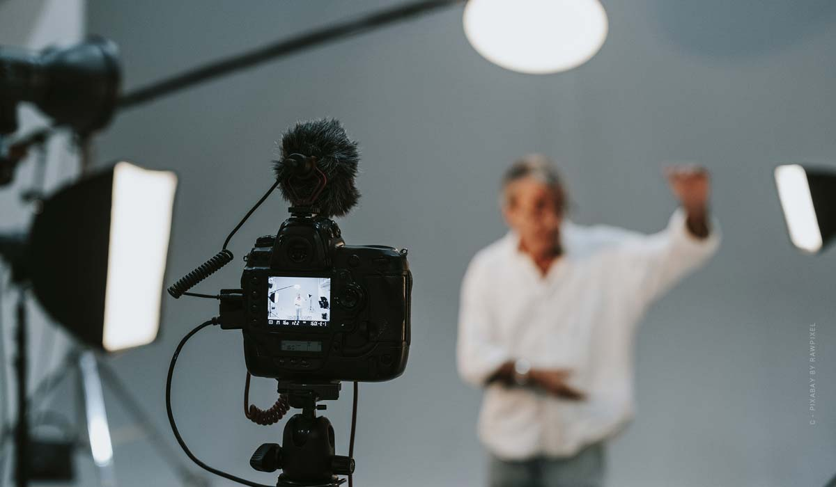 Photo studio Cologne - recommendations for your photo shooting: portrait, fashion, product photography & Co.
