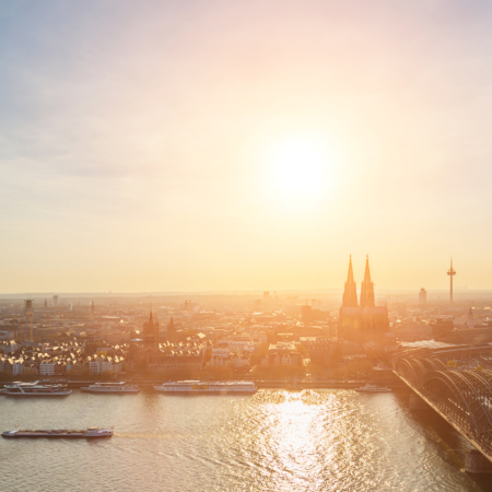 Realtor Cologne - Flat, condo, house or property in Germany