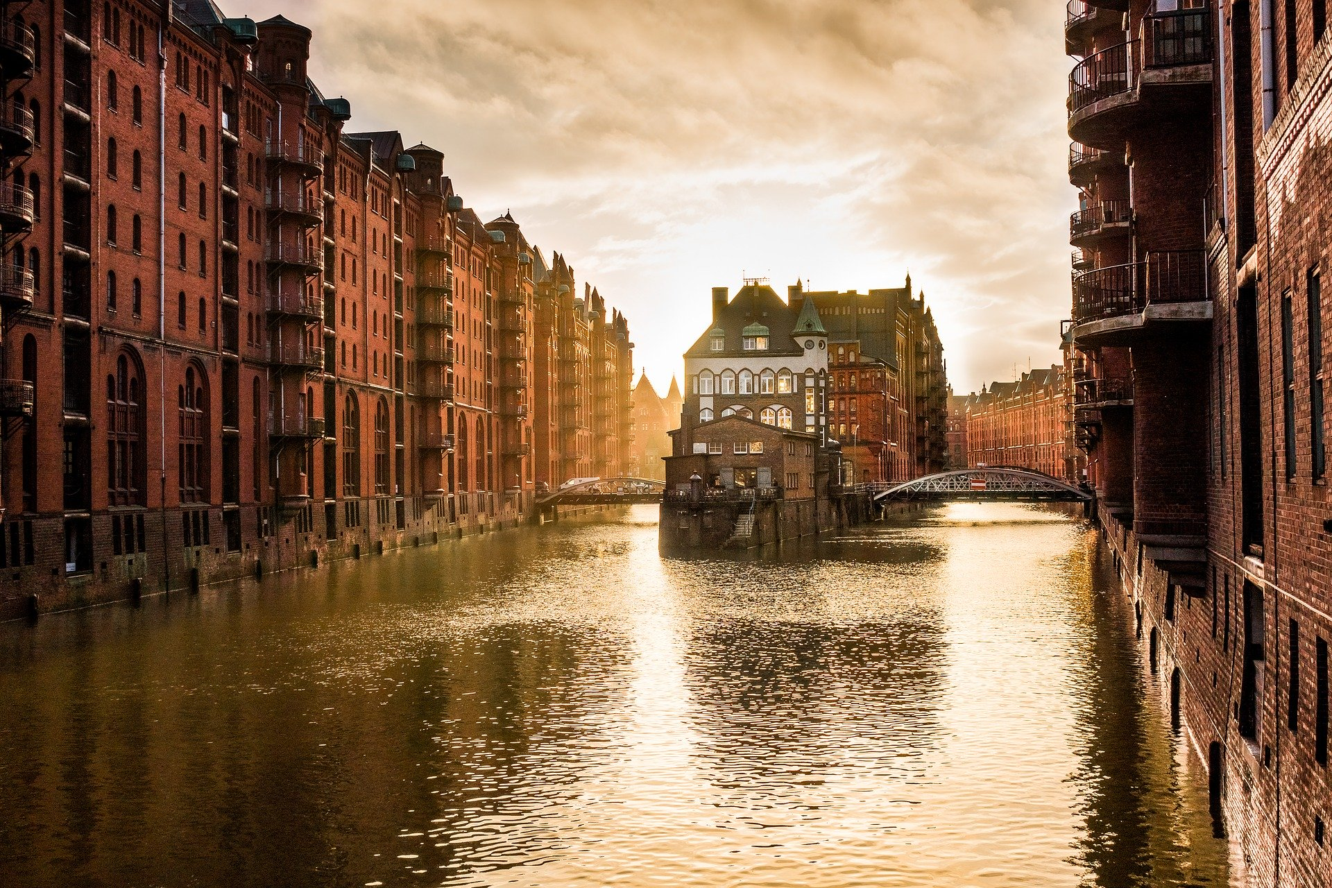 Realtor Hamburg - Your condo, house or property in Germany