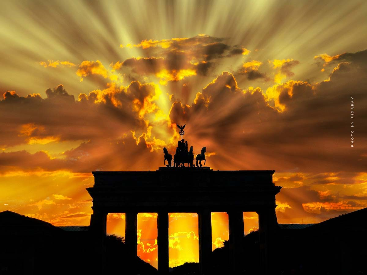 Holidays in Berlin: Sightseeing, Berlin Specialties & Accommodations