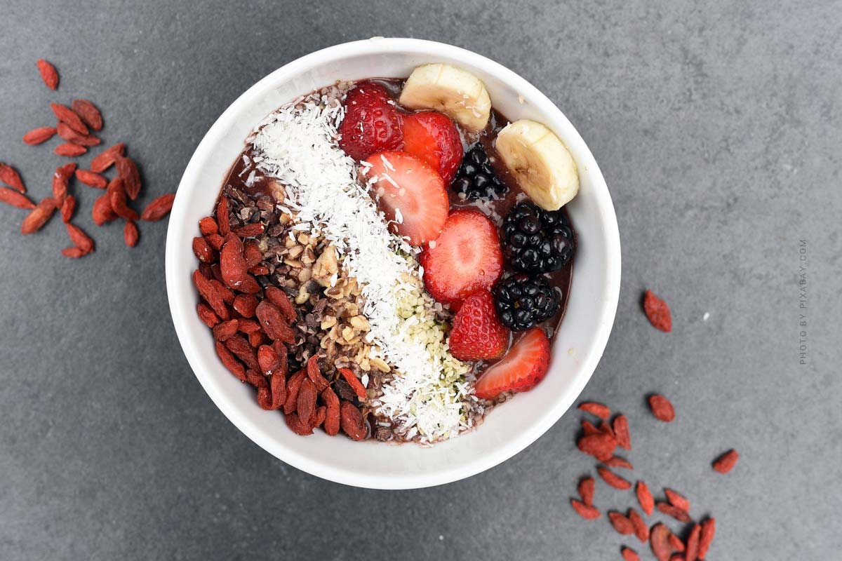 Healthy eating: Smoothies & Bowls for the home