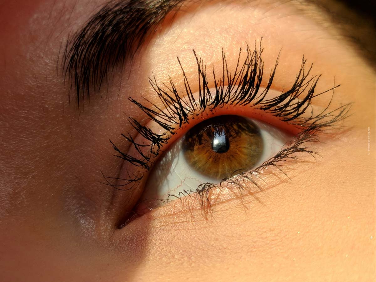 Do it yourself eyelash lift at home: sets, costs, duration & before-and-after results
