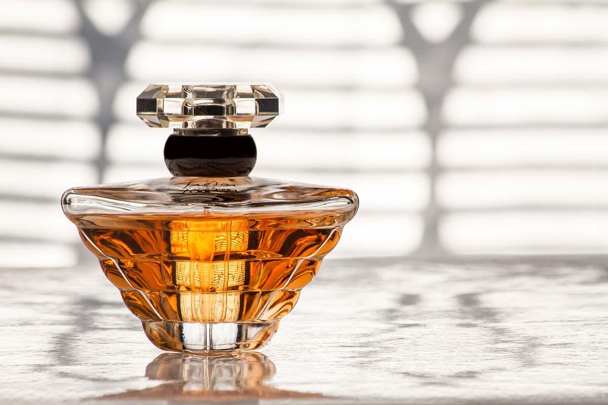 Lancôme: perfume, make-up and facial care