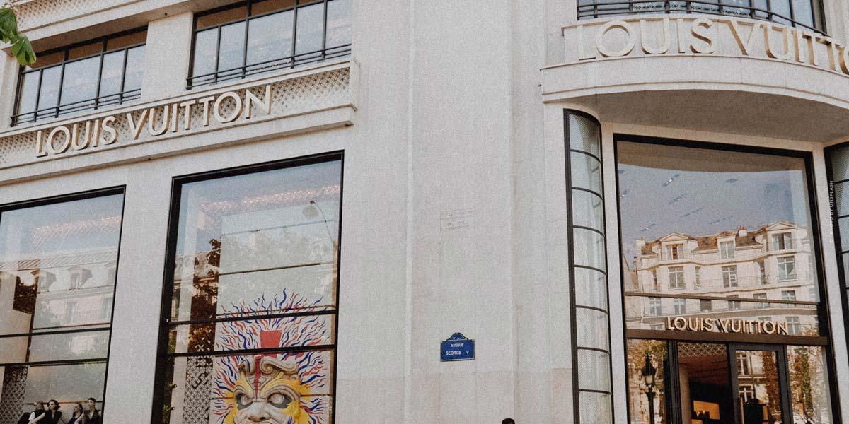 Luxury Shopping Munich (18 Stores): Valentino, Cartier, Giorgio Armani & Co.