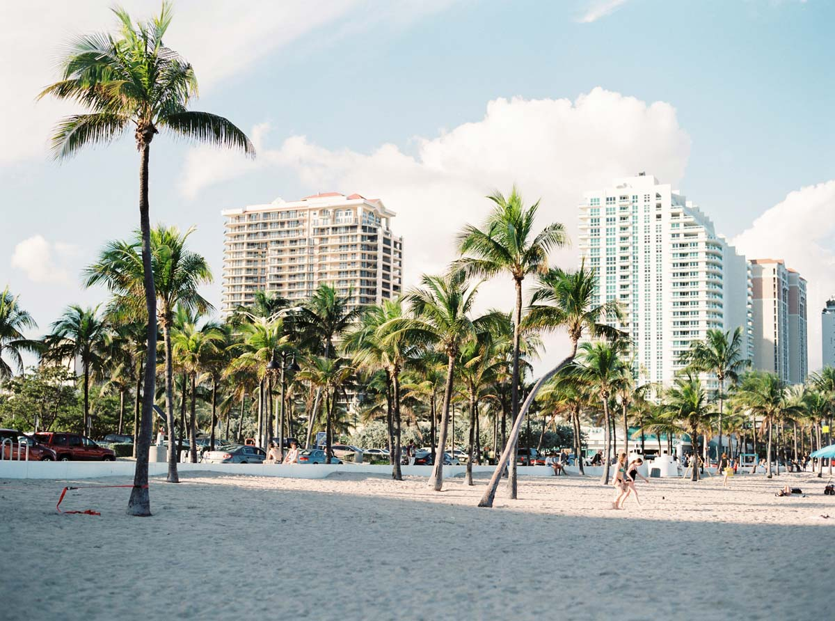 Moving Miami: Popular neighborhoods, apartments & houses