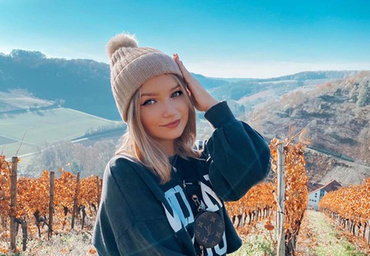 Alina Mour interview: Young content creator's breakthrough - Insta, TikTok, Youtube