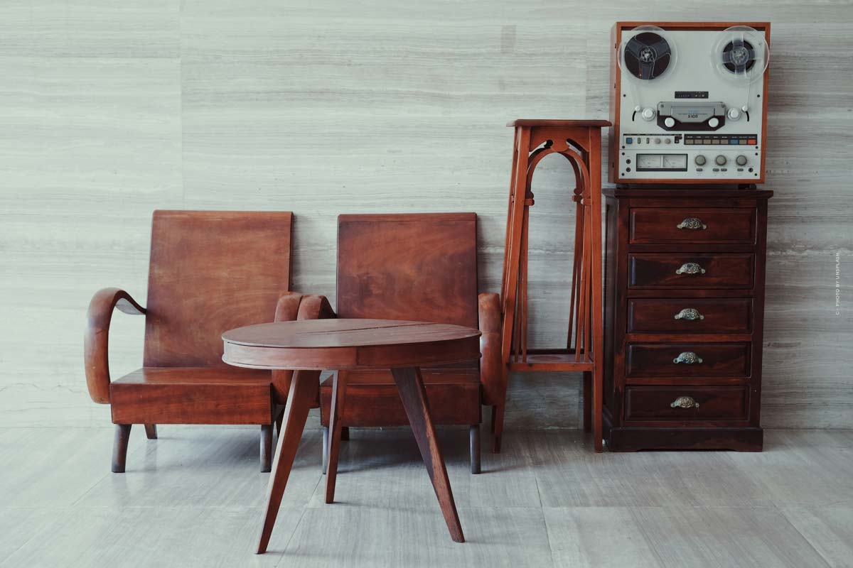 Essential Home Furniture: Mid-Century furniture like chairs, tables and decorative items from Portugal