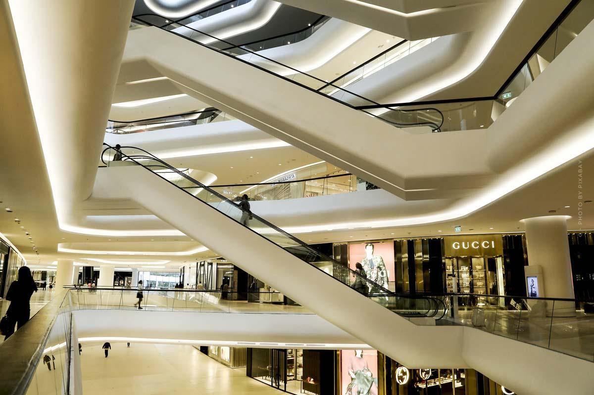 Luxury Shopping Houston: (18 Stores): Versace, Fendi, Dolce & Gabbana and Co.