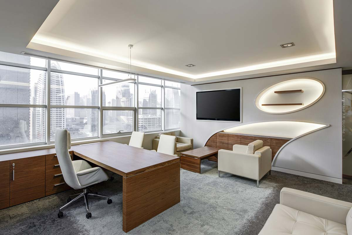 Office furnishings: Design ideas and tips for desk, office chair, cabinets and co.