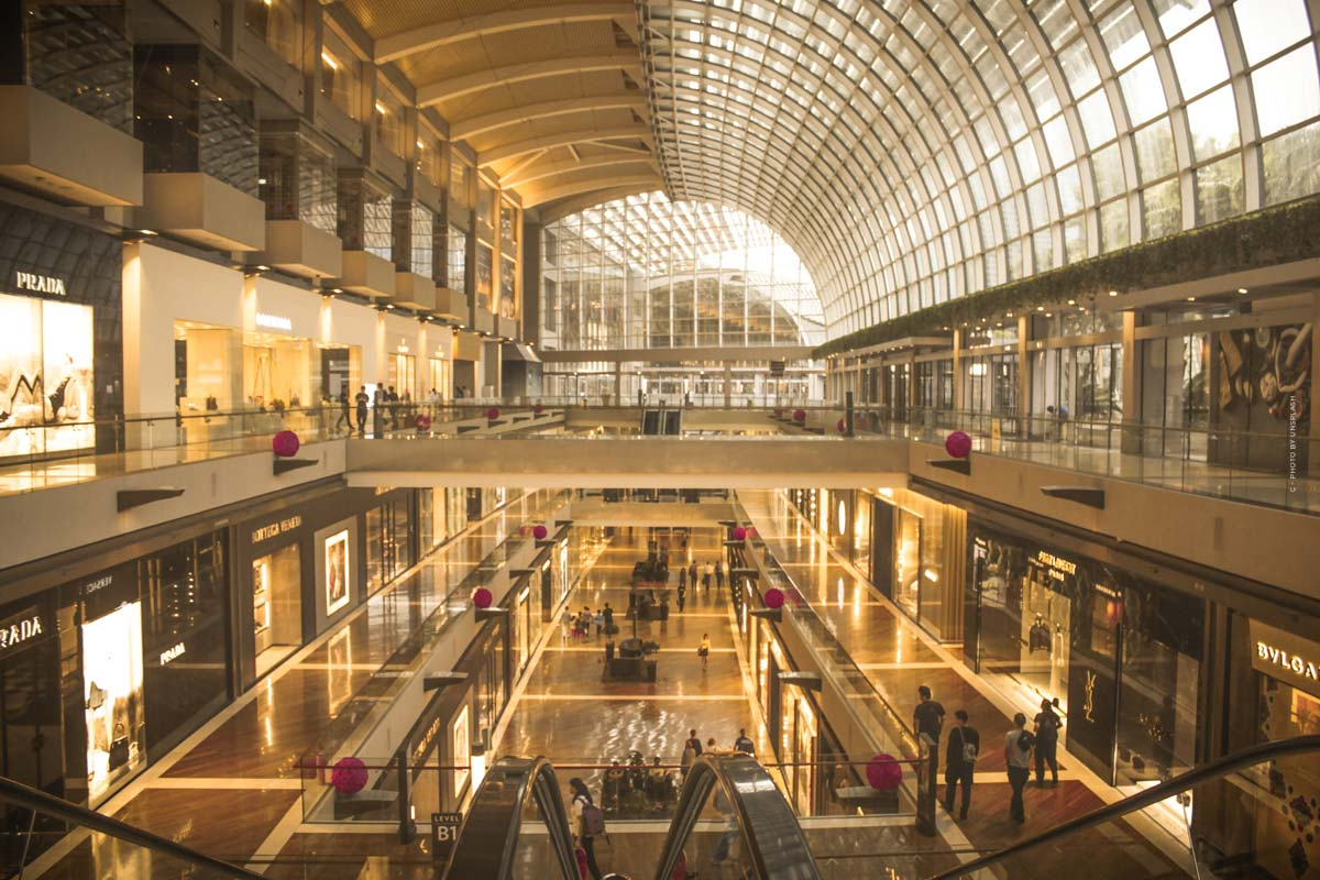Luxury Shopping Philadelphia (11 Stores): Burberry, Gucci, Moncler & Co.