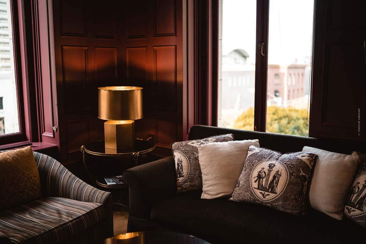Poltrona Frau: Luxury Italian Sofas, Armchairs & Armchairs - Tradition for 100 Years