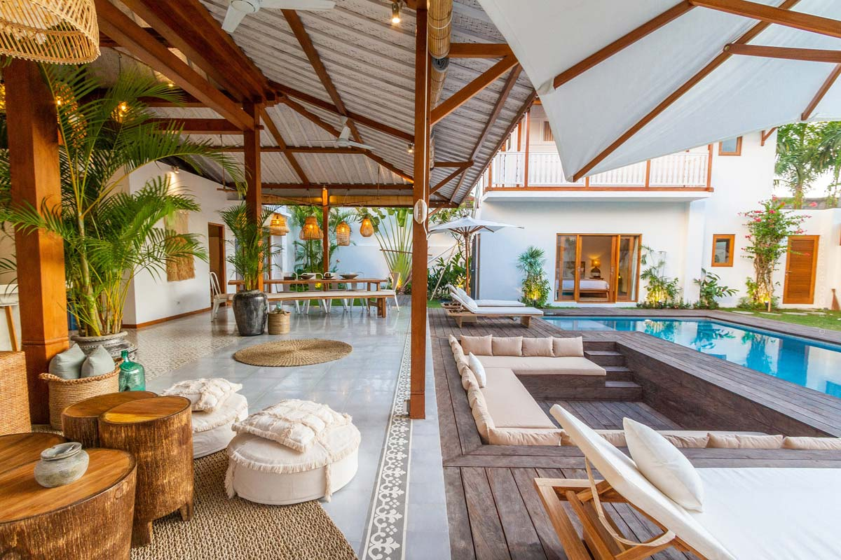 Patio furnishings: Tiles, roofing, privacy screens - Design your feel-good oasis with luxurious furniture