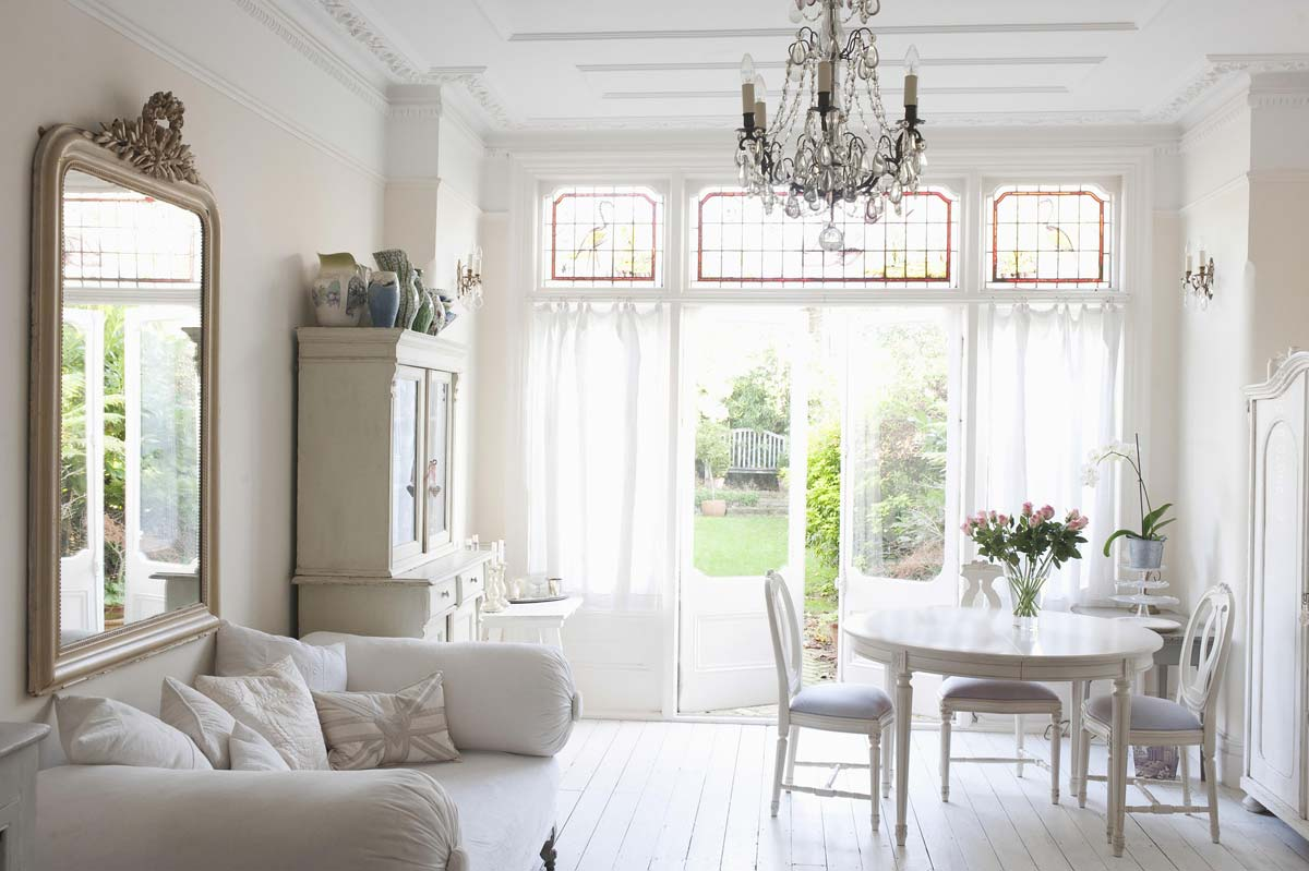 Living room furnishings: Modern ideas for decoration and furnishing with furniture such as sofas, tables & co.