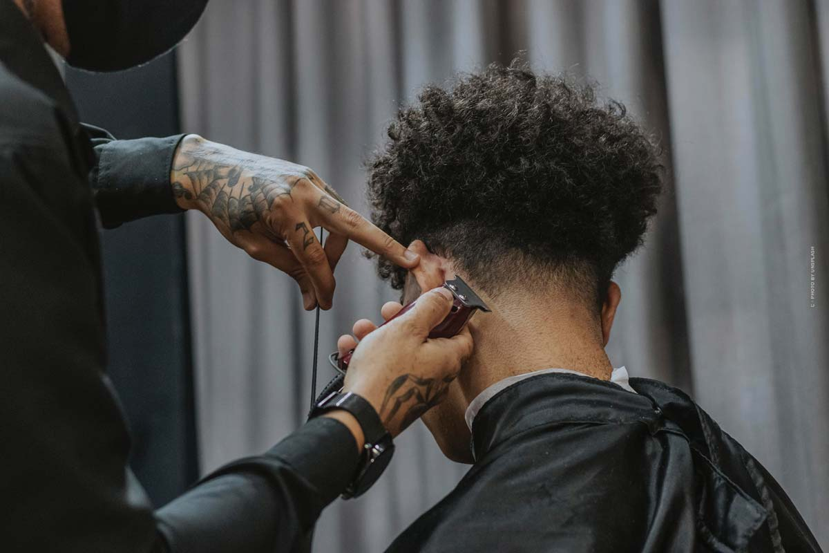 Top 5 trend hairstyles for men: short, long or with curls?