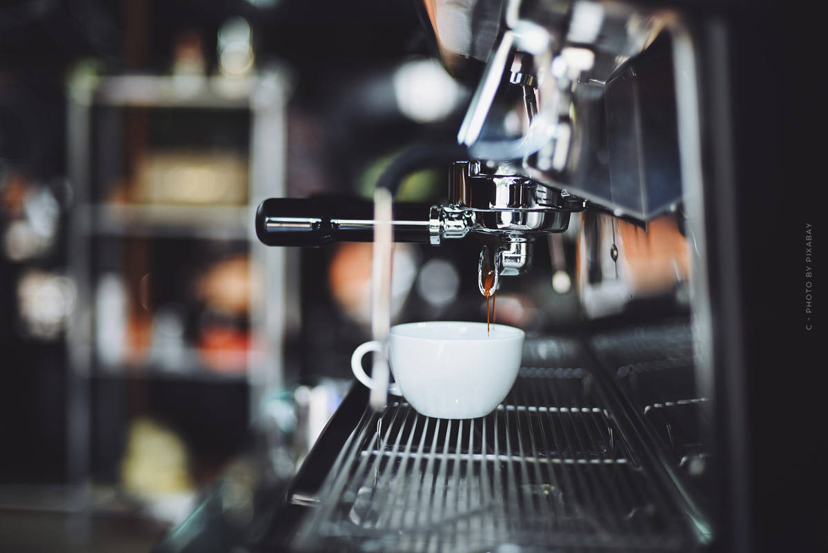WMF 1100 S fully automatic coffee maker: Equipment, functions & operation - everything for your barista experience
