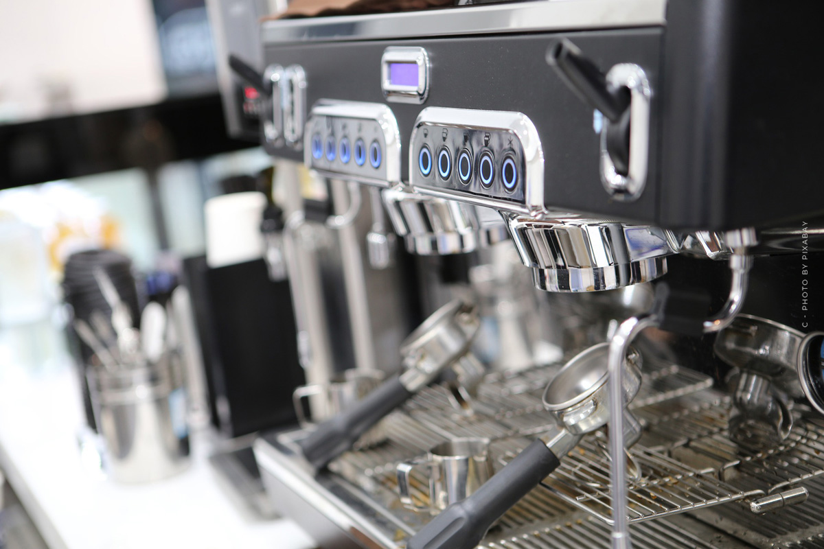Coffee machine XXL: grinder, beans & operating system-the best fully automatic coffee machines in the test