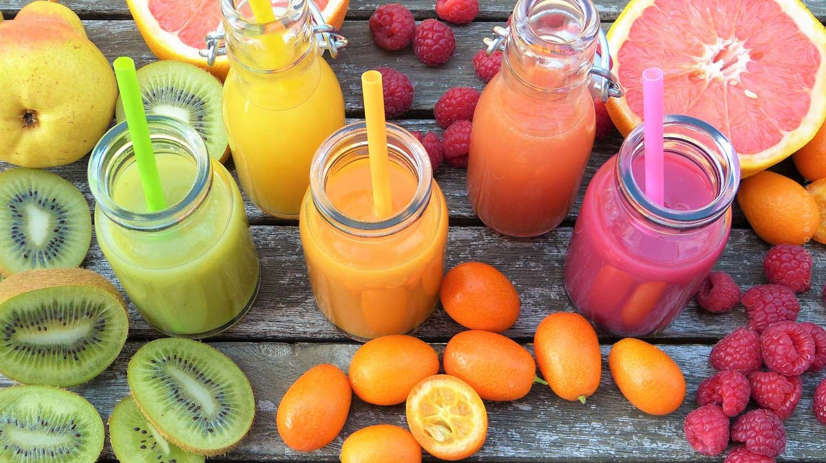 Smoothie: recipes, ingredients, delicious vitamins - apple, banana & co.